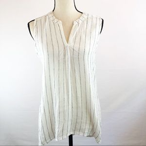Dylan White & Black Sleeveless Tunic Style Blouse